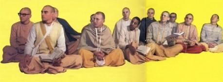 ISKCON Devotees Listen to Srimad-Bhagavatam Class