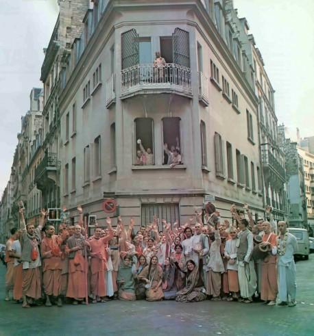 Devotees and Srila Prabhupada at ISKCON Hare Krishna Temple Paris, 1974.