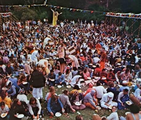 Prasadam distribution at San Francisco Rathayatra festival, 1973.