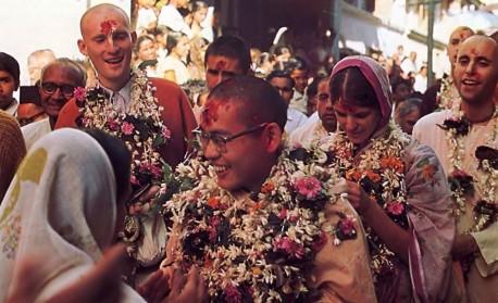 Sankirtana in Surat, India. 1975.