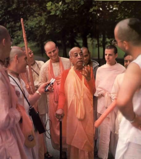 Srila Prabhupada preaching on his USA Summer Tour of 1976.