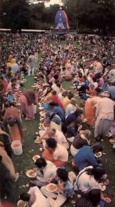 Feasting for Thousands - Hare Krishna ISKCON Rathayatra Festival 1977