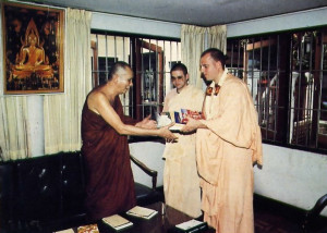 In Bangkok Srila Jayapataka Swami, a spiritual master in the Hare Krsna movment, presents new Thai books and other literature to Somdet Phra Nyanasamvara, the spiritual master of the King of Thailand.