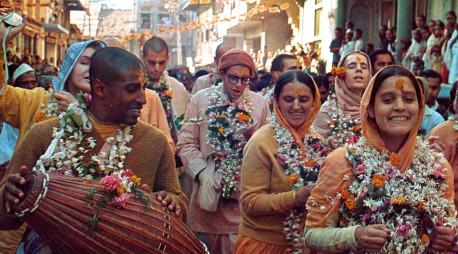 Hare Krishna Sankirtan in India 1970