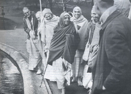 "Srila Prabhupada and disciples in New York: ""It is not a question of quantity but of quality."""
