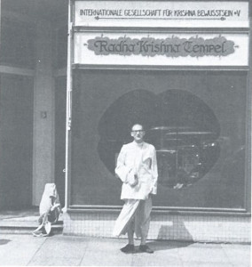 Sivanada dasa standing before ISKCON's first German temple.