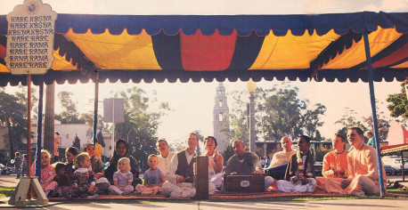 To let everyone know about the joys of spiritual life, devotees make the chanting of Hare Krsna available in Balboa Park.