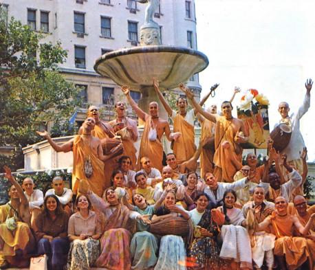 1969-ISKCON-Sankirtan-USA