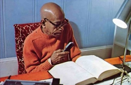Srila Prabhupada. Early morning translation.