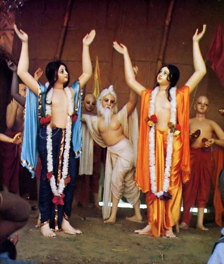 Lord Caitanya and His associates dance and chant the Hare Krishna mantra in this diorama at Sridhama Mayapur.