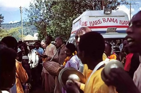 In a specially-equipped van, devotees traveled around the Nairobi area chanting, dancing and distributing prasada.