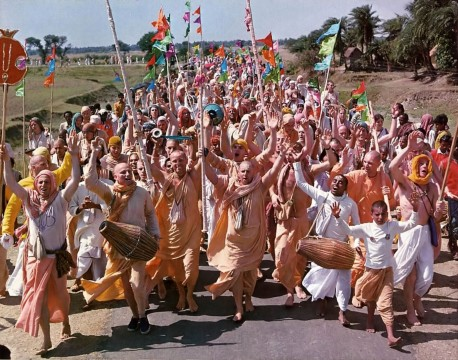 Members of the International Society for Krishna Consciousness chant the Hare Krishna mantra in Mayapur, India. 1976.