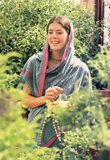 Hare Krishna Woman Devotee chanting Japa
