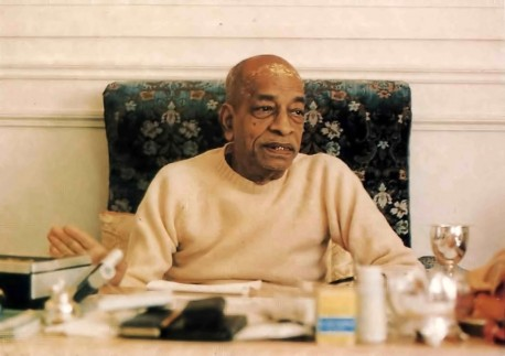 Srila Prabhupada preaches on society going to the dogs.
