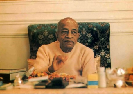 Srila Prabhupada preaches on society going to the dogs