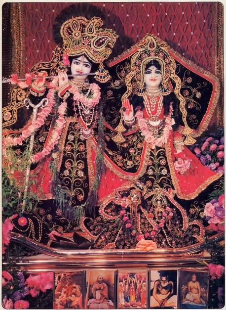 ISKCON Los Angeles, New Dwarka Deities Sri Sri Rukmini-Dvarkadesh 1977