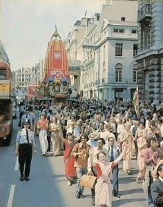In London, with Srila Prabhupada sitting beneath Lord Jagannatha, the chariot makes its way from Regent Street to Trafalgar Square. - 1977