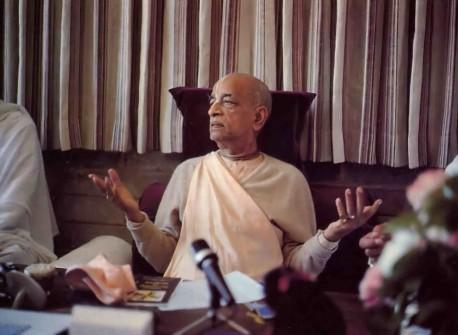 "Srila Prabhupada ""The soul belongs to the paradise in heaven - the planets of Krishna."" - 1977"