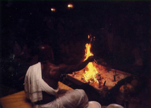 Featured a traditional Vedic fire sacrifice