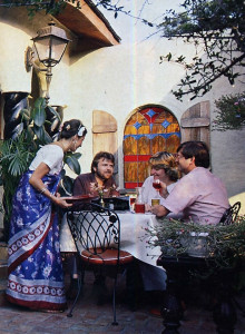 In the Karden of Kalachandji's, diners enjoy friendly outdoor service.
