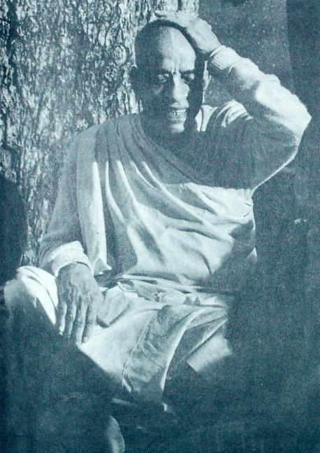 HIS DIVINE GRACE SWAMI A.C. BHAKTIVEDANTA Founder Acharya International Society For Krishna Consciousness INC.