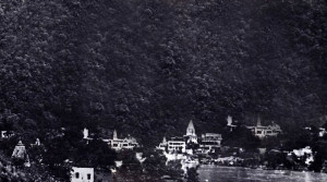 RISHIKESH, NESTLED IN THE FOOTHILLS OF THE HYMALAYAS, FACING OUT ACROSS THE GANGES RIVER.