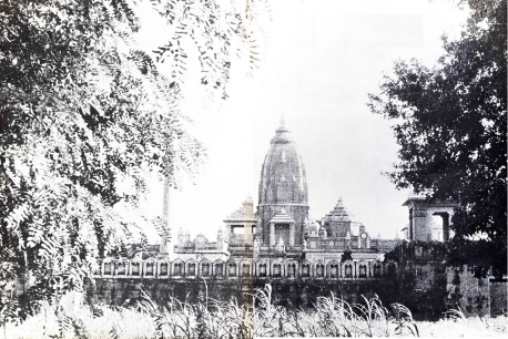 The Bierla Temple on the outskirts of Vrindaban.