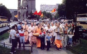 """Wall City"" resounds with Krsna's names when devotees chant in downtown West Berlin"
